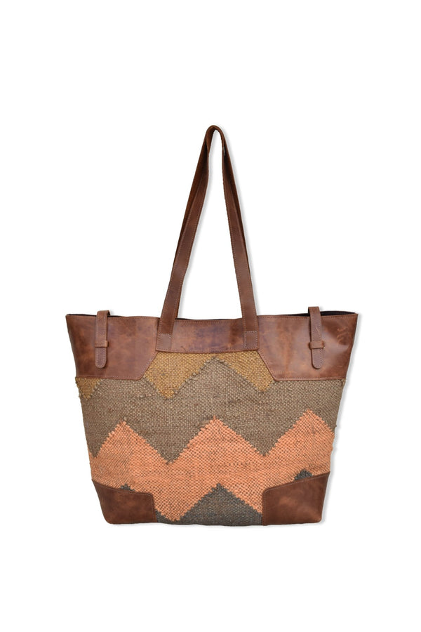 NYALA - LEATHER AND KILIM BAG - BROWN - ART AVENUE