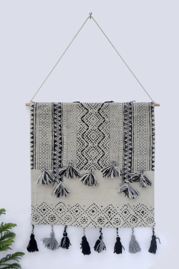 RADICAL - WALL HANGING - OFF WHITE - ART AVENUE