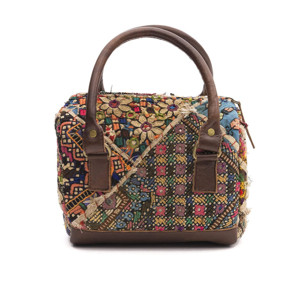 SPARKY- VINTAGE FABRIC PATCHWORK DUFFLE BAG - ART AVENUE