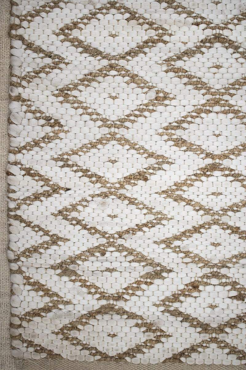SUBTLE- BRAIDED RUG - BROWN - ART AVENUE