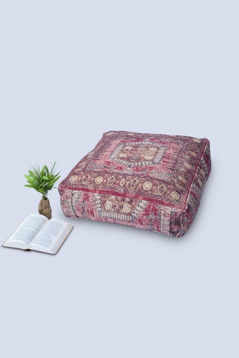 TURF - CUBICAL POUF-RED - ART AVENUE