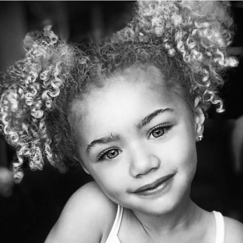 Portrait Artist | Shayne Wise Art. Photograph of young girl