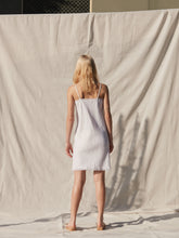 Load image into Gallery viewer, Diane Linen Cami Top White