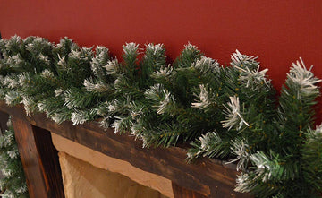 Snowy Tipped Green Christmas Garland Decoration - 270 cm x 25cm