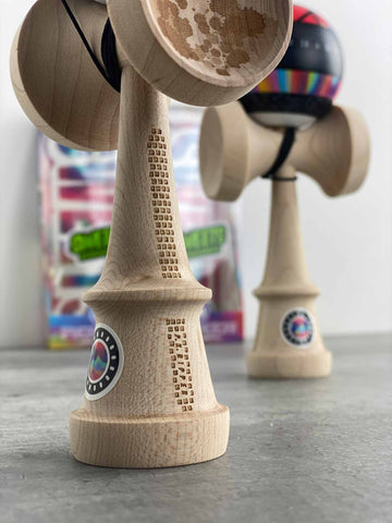 UNBOXING: Parker Johnson Pro Mod + TEST - Sweets Kendamas France Kendama FR sweet pro modèle bilboquet freestyle