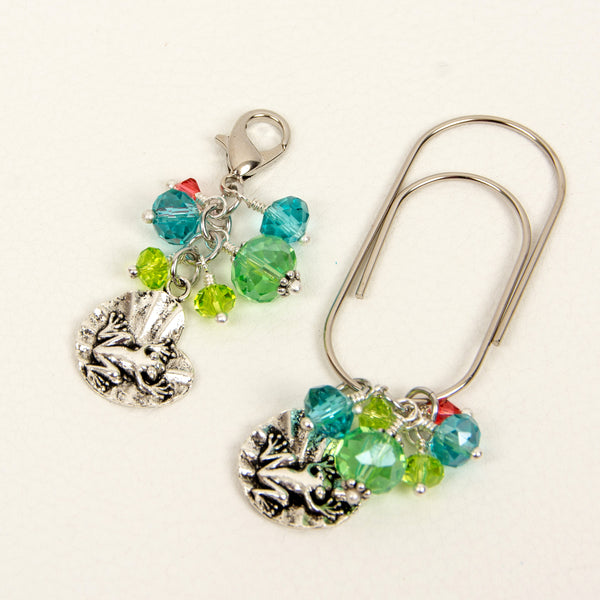 Frog and Lilypad Wide Dangle Clip and Charm