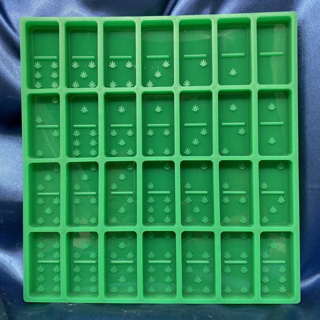 Green Leaf Dominoes Mold
