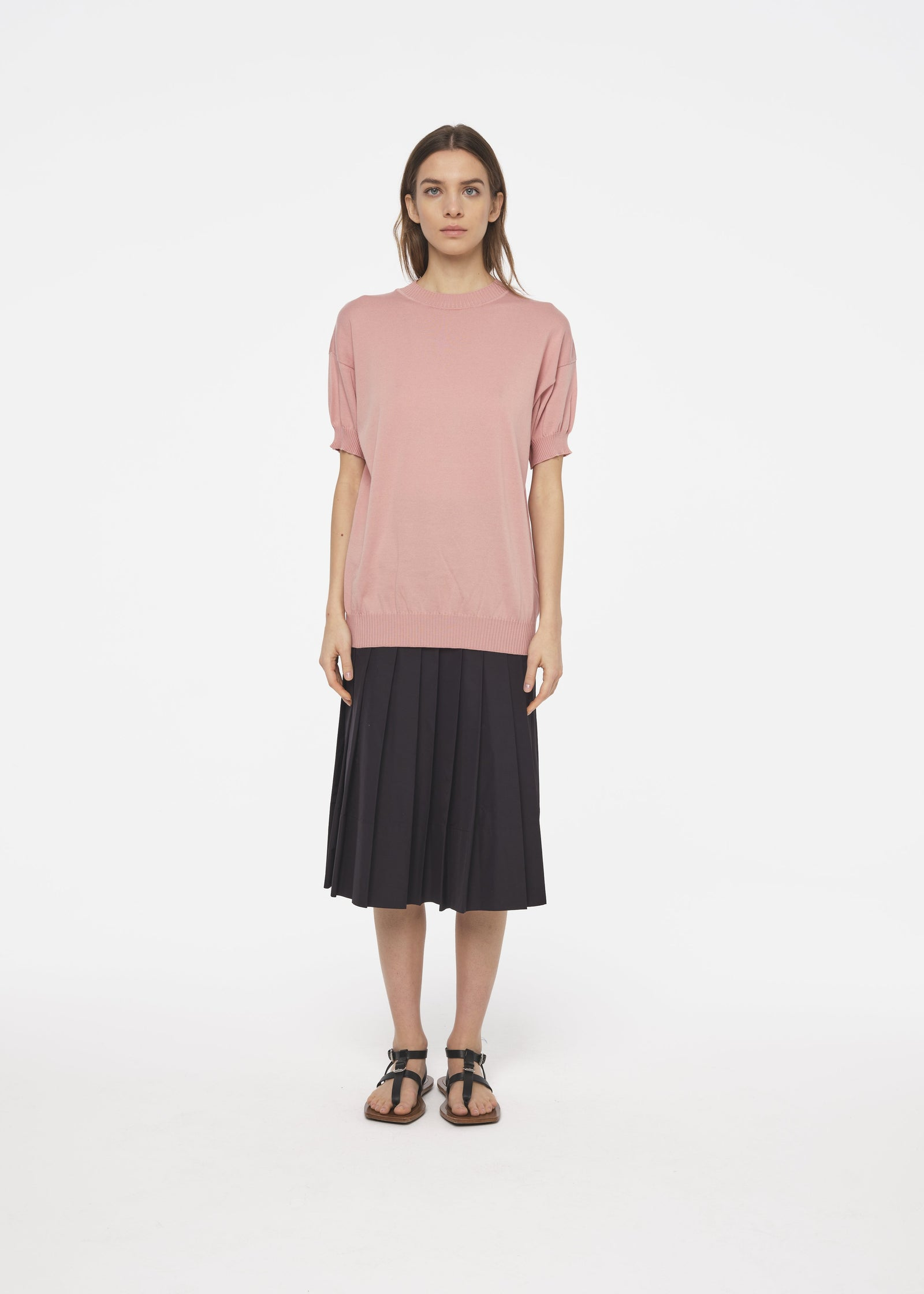 SHORT SLEEVE PINK SWEATER