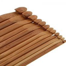 Load image into Gallery viewer, 12 Pieces Bamboo Handle 3-10 mm Yarn Waving Craft Crochet Hook Set