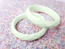 Load image into Gallery viewer, Sundae Funday Faceted Bangle in Mint Cream