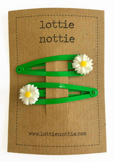 Daisy on Green Clips - Hair Clips
