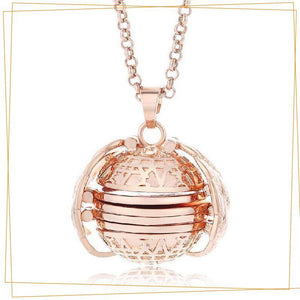 Expandable 4 Photo Locket Necklace trillionwish Rose Gold