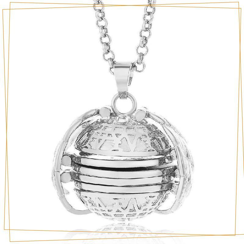 Expandable 4 Photo Locket Necklace trillionwish Silver