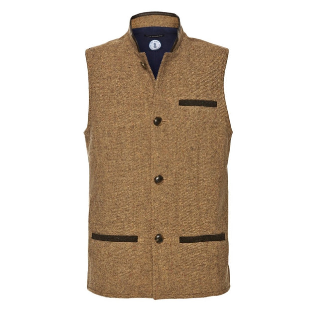 Men's Shetland Wool Darzi gilet in camel brown - front view