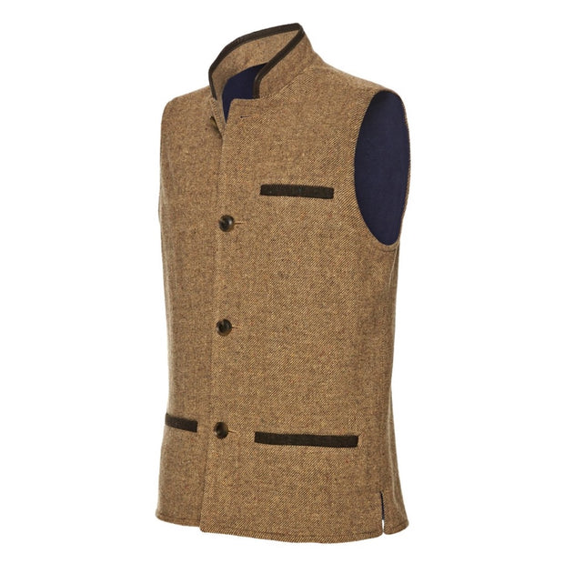 Men's Shetland Wool Darzi gilet in camel brown - side view