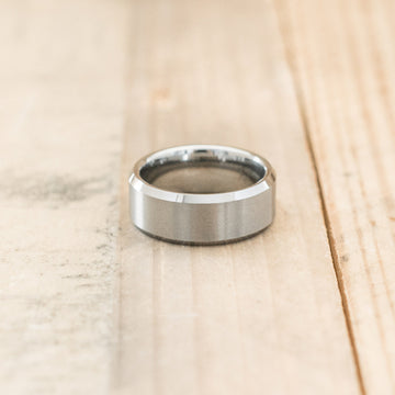 8mm Tungsten Carbide Satin Beveled Ring