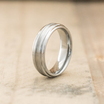 6mm Polished Tungsten Ring with a Grooved Brushed Center