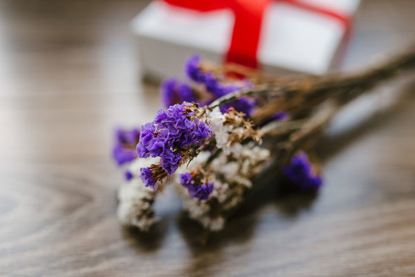 7 Tips to Send Flowers on a Budget