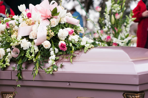 What kind of bouquet is good for a funeral?