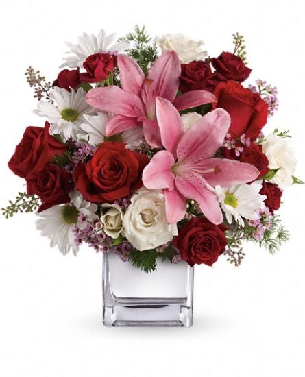 EF503 - Happy in Love Bouquet - Euro Flowers Mississauga ON