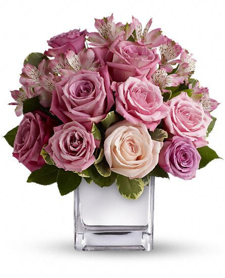 EF510 - Rose Rendezvous Bouquet - Euro Flowers Mississauga ON