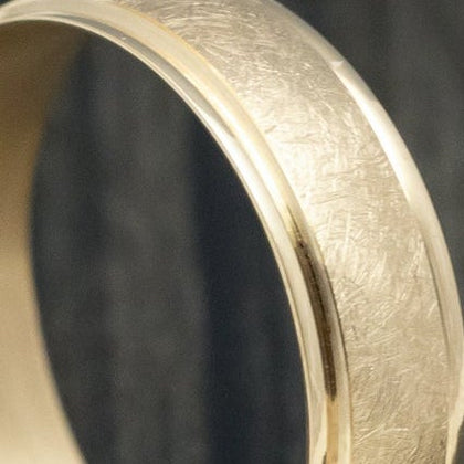 14K Rose Gold Men's Wedding Band with Polish Hammered Finish