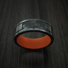 Carbon Fiber Men's Wedding Band