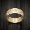 14K Yellow Gold Vintage Floral Design Wedding Band