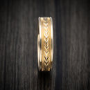 14K Yellow Gold Arrow Design Classic Wedding Band