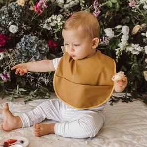 Byron Snuggle Bib Waterproof