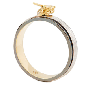 LITTLE CREATURES 18-karats white, yellow and black gold, diamond ring - heting-jewellery