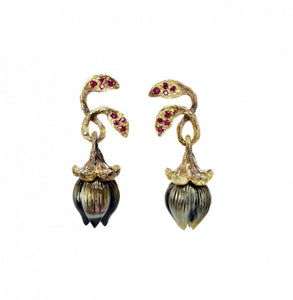 BELLFLOWER 18K yellow gold, pearl and ruby earrings - heting-jewellery