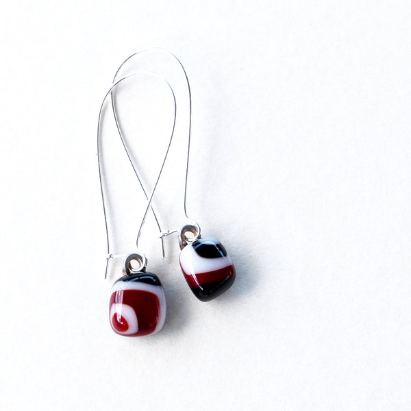 Black Red White | Drop earrings - Square