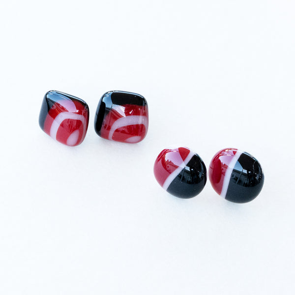 Black Red White | Stud earrings - Large