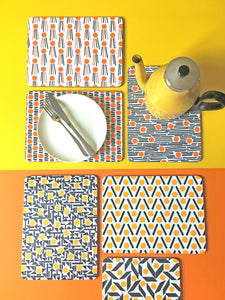 Set of 2 placemats, choose your favourites!