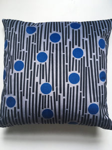 Linear square velvet cushion