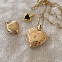 Load image into Gallery viewer, Diamond Heart Locket