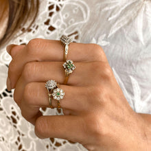 Load image into Gallery viewer, Vintage Emerald Simulated Diamonds Flower Ring