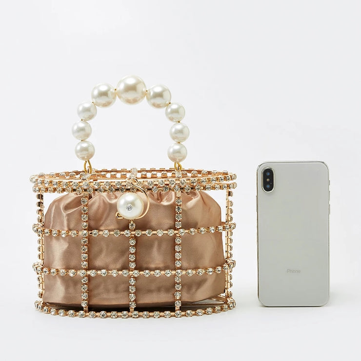 Diamond pearl clutch bag