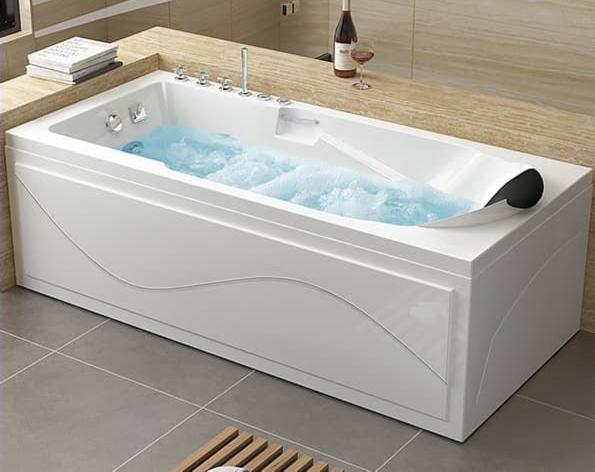 Luxury White Bath Tub