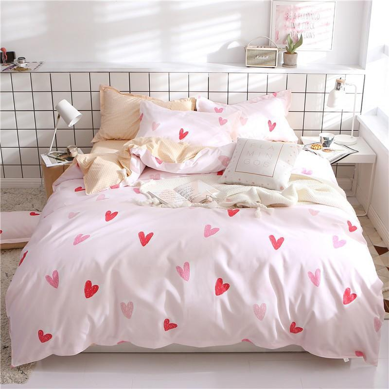 Heart Design Bedsheet Set