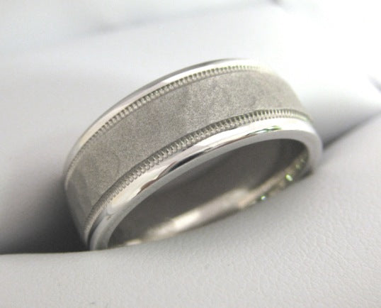 White Gold Men's Wedding Band 3920-8