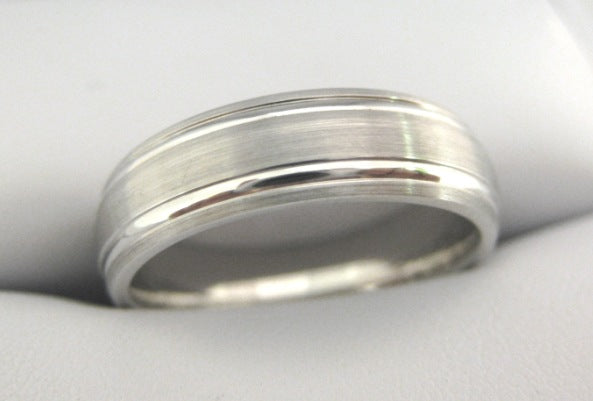 White Gold Men's Wedding Band 3921-6
