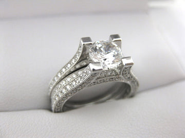 A1841 - 18 Karat White Gold Simon G. Engagement Ring