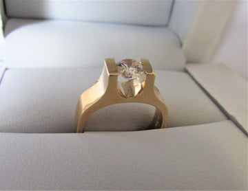 A1325- 14 Karat Yellow Gold Engagement Ring