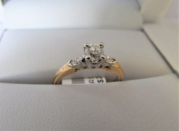A1339 - 14 Karat Yellow Gold Engagement Ring