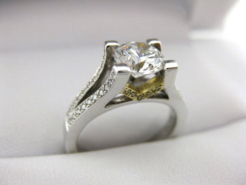 A1946 - 18 Karat White Gold Simon G. Engagement Ring