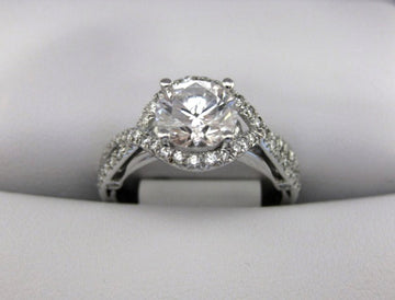 A2174 - 18 Karat White Gold Verragio Ring