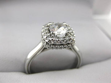 A2510 - 14 Karat White Gold Verragio Ring