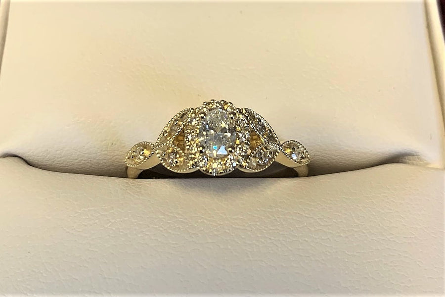 A2796 - 14 Karat Yellow Gold Custom Engagement Ring